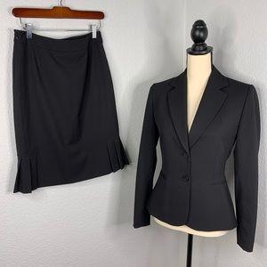 Tahari Arthur Levine suit size2.